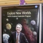 Gatonauta visitando el Instituto SETI (SETIcon) Carl Sagan